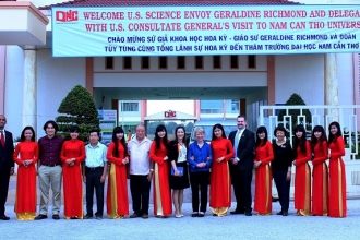 American Consulate General visit Nam Can Tho University