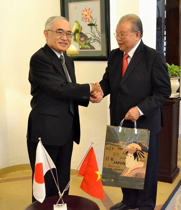 Tổng Lãnh sự quán Nhật Bản vinh danh GS.TS Võ Tòng Xuân ảnh 1